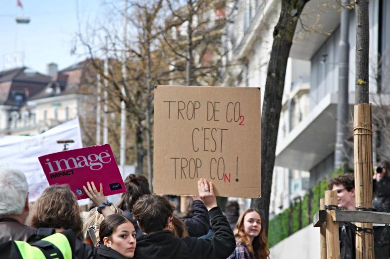 Ce mijloc de transport este cel mai daunator pentru climat