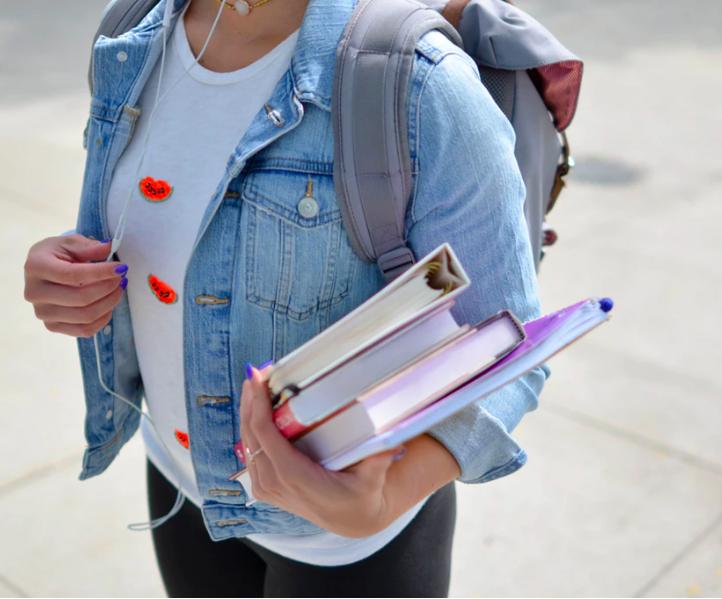 Materia educatie antreprenoriala va fi introdusa de anul scolar viitor in gimnaziu si liceu
