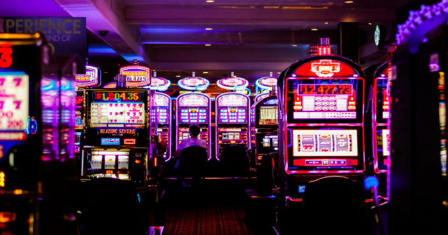 Cum isi petrec romanii timpul liber: jocuri de noroc, concerte si festivaluri
