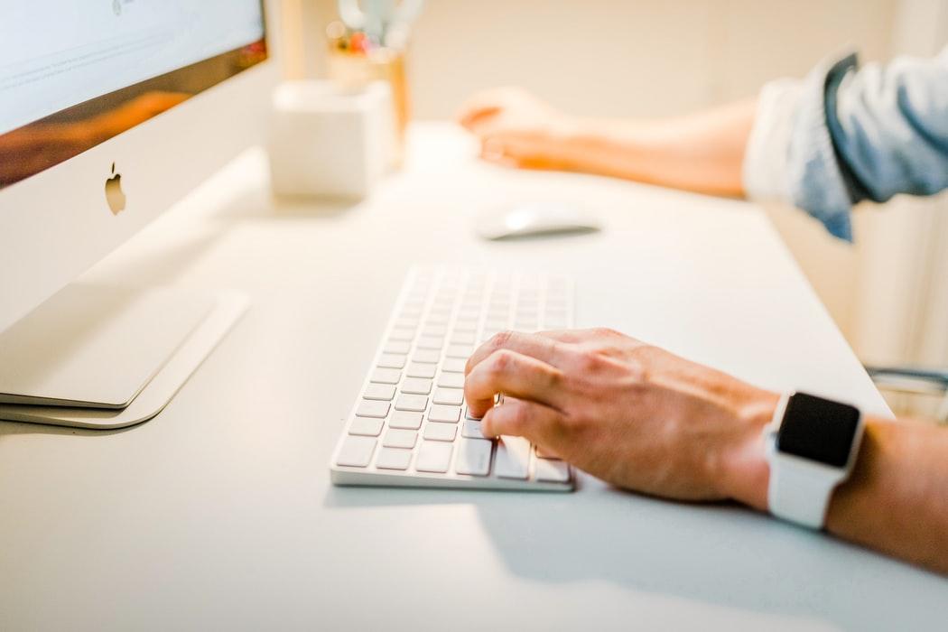 Pasi pentru initierea unei afaceri online