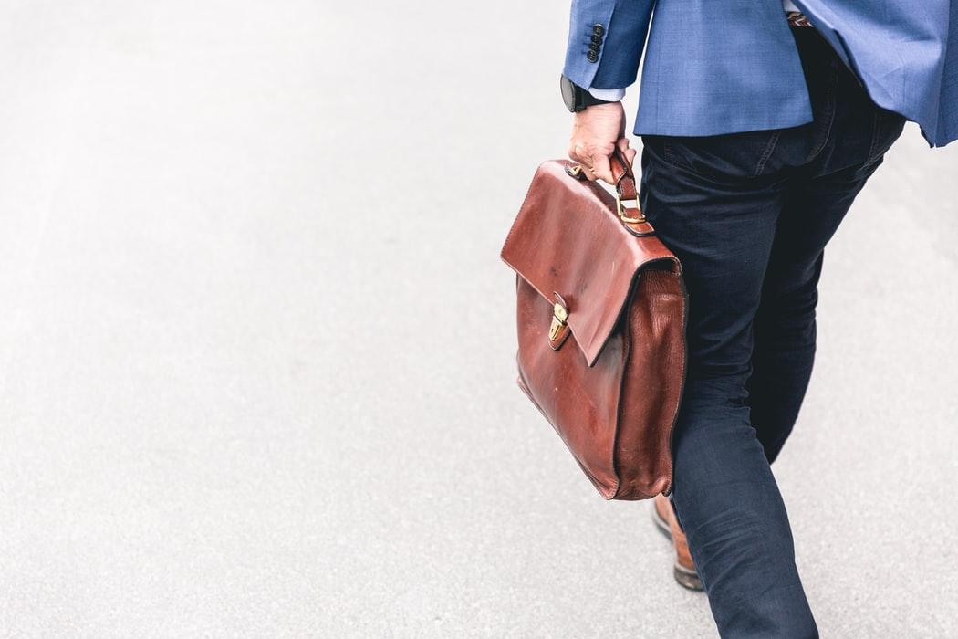 Sondaj BestJobs: Unul din trei angajatori romani are in plan sa recruteze forta de munca din strainatate, in acest an