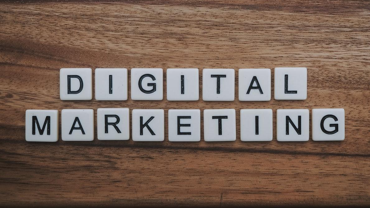 Blugento lanseaza un serviciu de digital marketing pentru magazinele online partenere