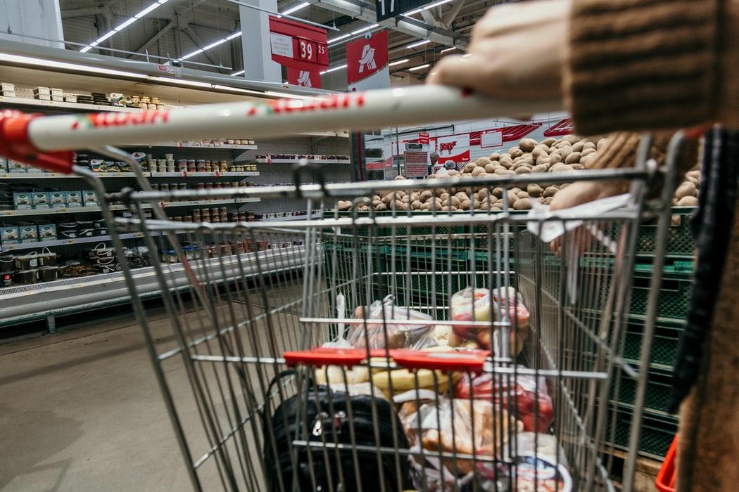 Asociatia Marilor Retele Comerciale din Romania face apel la cumpatare si chibzuinta la cumparaturi