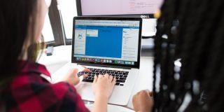 Cu ce probleme s-au confruntat angajatii din IT lucrand de acasa