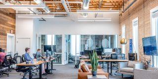 Studiu Deloitte: Siguranta angajatilor si revenirea la locul de munca sunt principalele preocupari din perspectiva juridica ale organizatiilor