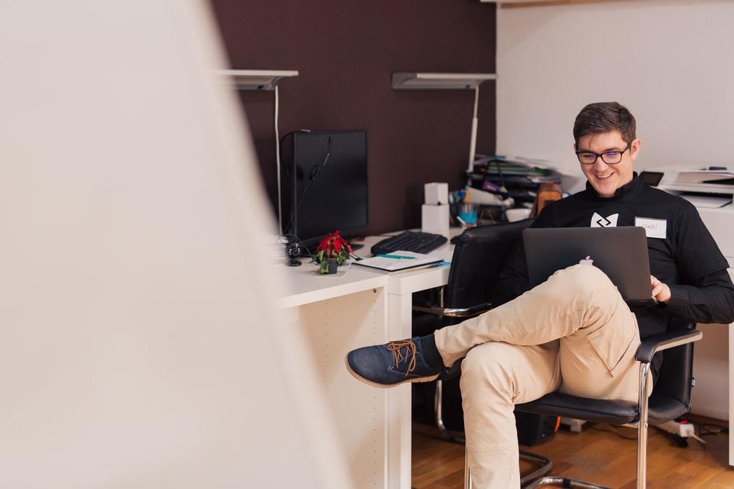 Cum se construieste o cultura de munca pozitiva si productiva