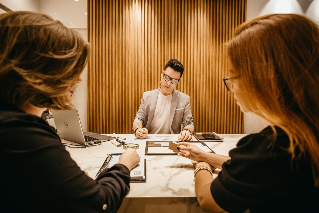 Concedierea unui angajat in mod corect si legal
